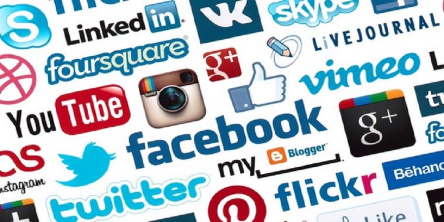 How to build a social media community